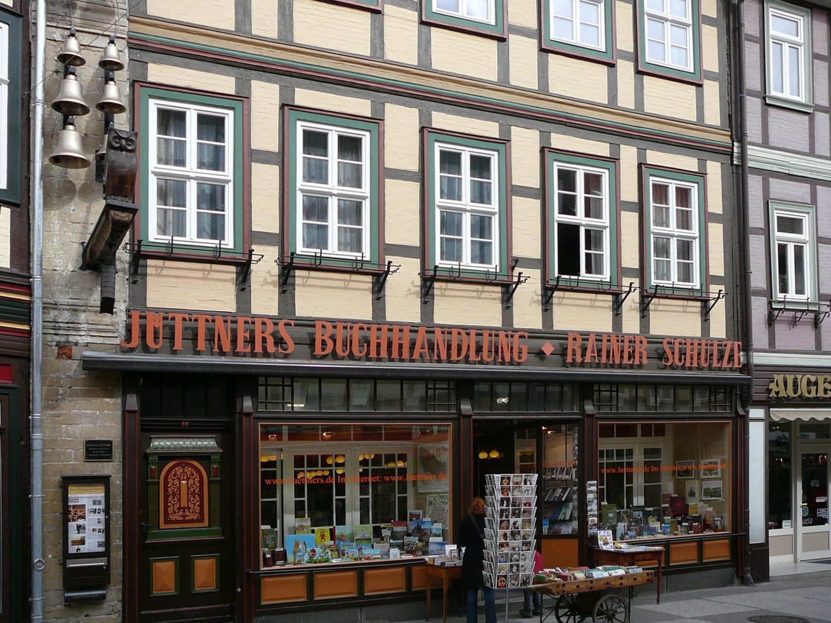Buchhandlung Juettners Wernigerode Fassade (1)